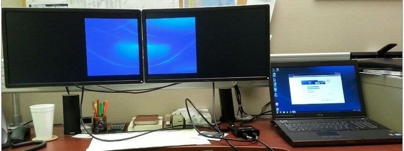 Multi Monitor Laptops